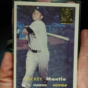 Mickey Mantle Topps 95 for Sale in Clanton, AL