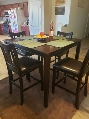 Pub table and chairs - can deliver for Sale in Chandler, AZ