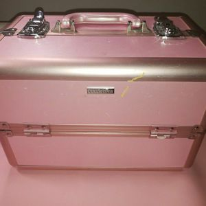 Makeup Traveling Case With Key for Sale in Milwaukie, OR