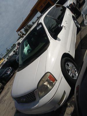 Ford freestar 2005 for Sale in Miami, FL