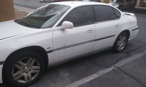 Chevy Impala 05' for Sale in Las Vegas, NV