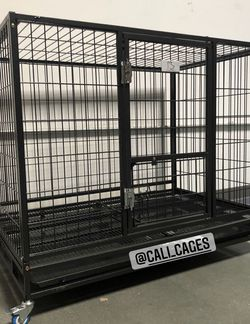 """Dog Pet Cage Kennel Size 43"""" Large Folding New In Box 📦 for Sale in Claremont,  CA"""