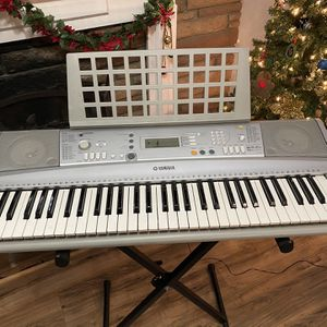 Yamaha Keyboard Piano Christmas Gift for Sale in Buena Park, CA