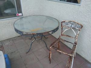 Antique Patio set (Project Set) for Sale in Modesto, CA