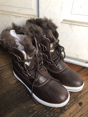 Snow boots for Sale in Torrance, CA