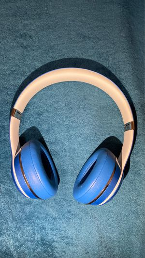 Beats solo 2 wired. for Sale in O'Fallon, MO