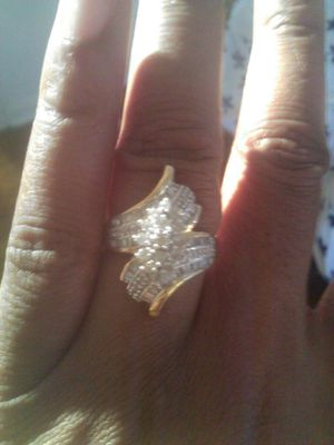 Gold and dimond ring for Sale in Detroit, MI