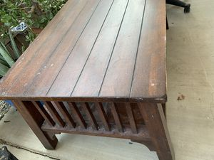 Farm coffee table for Sale in Bakersfield, CA