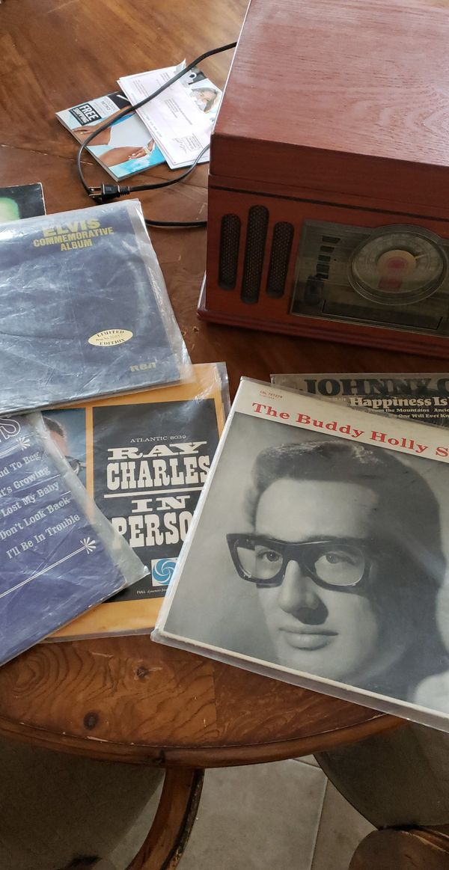 Vinyl disk player,cd player and vinyl disks