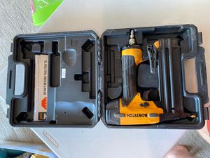 Nail gun Bostitch 18 g for Sale in Everett, WA