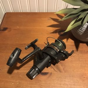 Shimano Fishing Reel for Sale in Mount Sinai, NY
