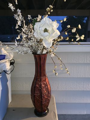 Home Decor Vase & Flowers for Sale in Des Moines, WA