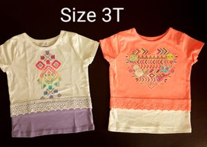 Set of two piece Tee Tshirt Twin Girls Size 3T New for Sale in Phoenix, AZ