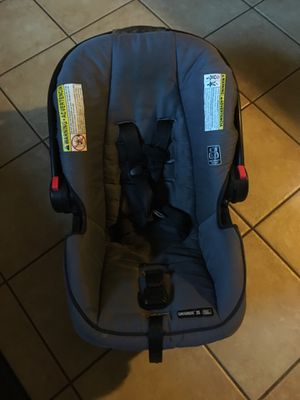 Baby seat carrier for Sale in Orlando, FL