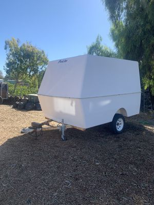 Fiberglass Pro lite enclosed trailer WITH TITLE for Sale in San Diego, CA