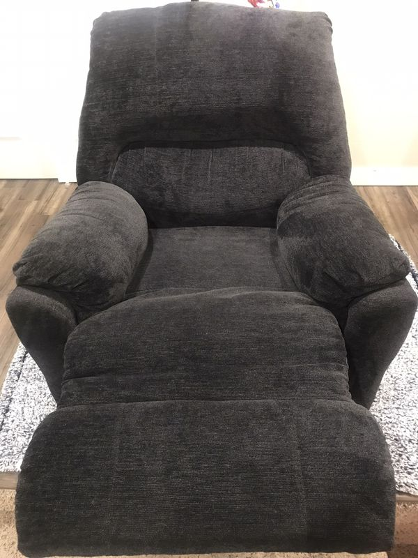 Like new lazy boy / La-Z-Boy Blue recliner