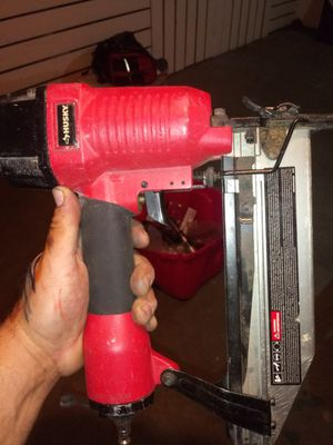 Husky gun nailer for floor or stairs for Sale in Westchester, IL