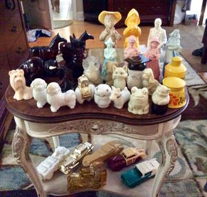 Vintage Avon decanters... 33 in all for Sale in Seminole, FL