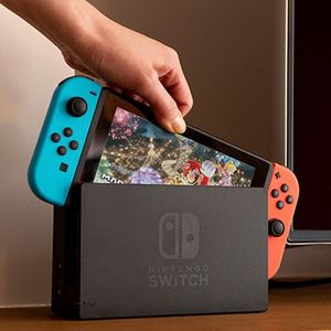 Nintendo switch (Animal Crossing Installed) for Sale in Delray Beach, FL