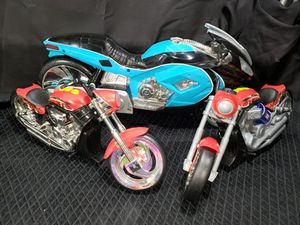 "(3) Road Ripper motor cycles ( ninja is 13 1/2"" long ) ( smaller 2 are 10"" ) for Sale in Zanesville, OH"