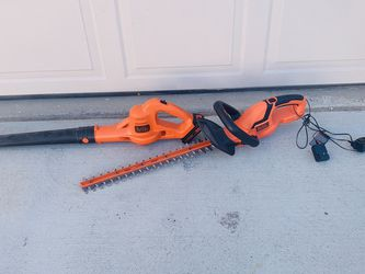 Leaf blower and three trimmer Set for Sale in Las Vegas,  NV