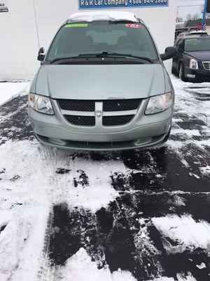 2003 Dodge Caravan SE Mini Van for Sale in Clinton Township, MI