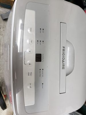 Frigidaire Dehumidifier for Sale in Friendswood, TX