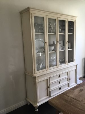 Antique Hand Chalked China Cabinet for Sale in Los Angeles, CA