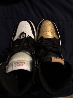 Nike Jordan 1 gold toe size 8.5 for Sale in Williamsport, MD