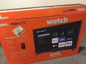 32 inch smart tv for Sale in Tampa, FL