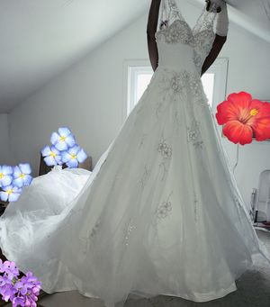 Wedding dress for Sale in Springfield, VA