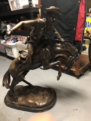 Remington Bronze Statue 30 inches tall for Sale in Lubbock, TX