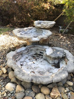 Three tiered water fountain for Sale in Sacramento, CA