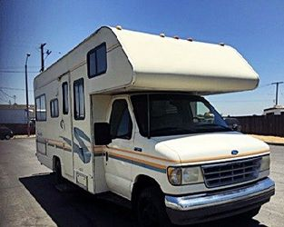 Motorhome is well 1995 FLEETWOOD JAMBOREE SEARCHER 24FT for Sale in Spokane,  WA