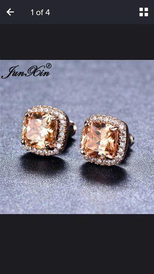 Junxin junxin Elegant 18 k golden princess cut champagne topaz diamond CZ stud earrings square ear stud wedding jewelry for women for Sale in Moreno Valley, CA