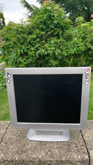 LCD MONITOR COMPUTER SCREEN 📺 for Sale in Yonkers, NY
