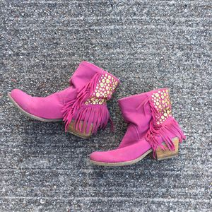 Fringe booties size 8 1/2 for Sale in Carrollton, TX