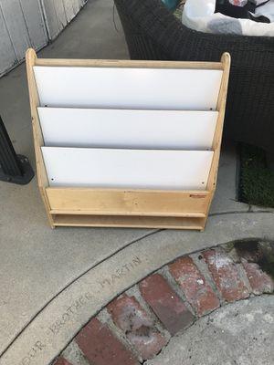 Book case for Sale in Topanga, CA