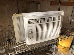 """Air Conditioning expandable window unit from 23""""-38"""" wide, 12.5"""" tall for Sale in Pasadena, CA"""