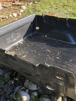 Free Bed Liner Short Bed Chevy Silverado for Sale in Rochester,  WA