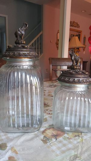Set of 2 Canisters for Sale in Haymarket, VA