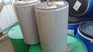 5.5 Gallons metal drums 2 for $15.00 for Sale in Fontana, CA