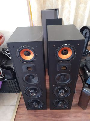 Polk audio box and crosover with custom speaker home theater or amplifier 4 hom for Sale in Bell Gardens, CA