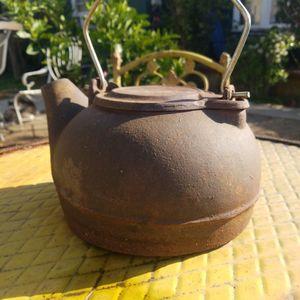 Antique Tea Pot for Sale in Los Angeles, CA