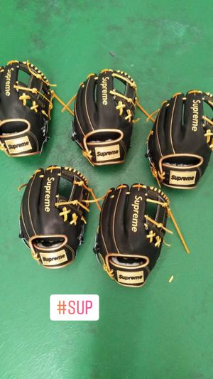 Custom Supreme Baseball Gloves for Sale in The Bronx, NY