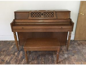 Melville Clark antique piano for Sale in Fairfield, IA