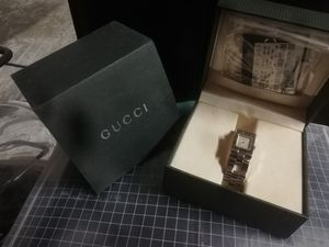 99' GUCCI WATCH for Sale in Garland, TX