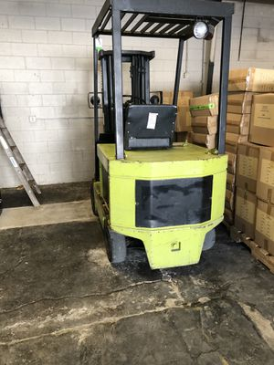 Clark electric forklift 5000lb for Sale in San Carlos, CA