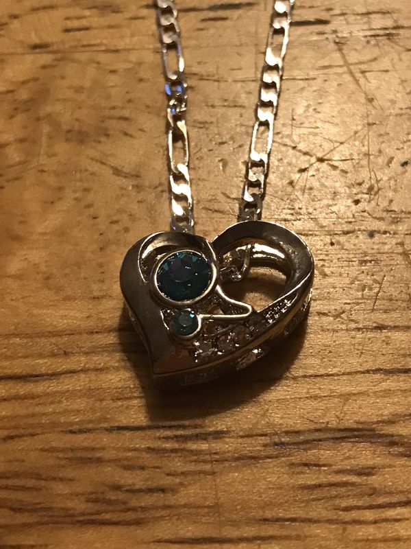 "BRAND NEW HEART SHAPED 22"" PENDANT NECKLACE"
