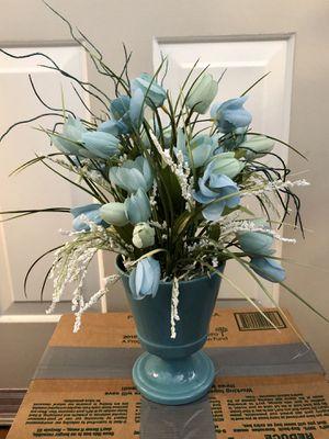 Blue flower arrangement for Sale in Chandler, AZ